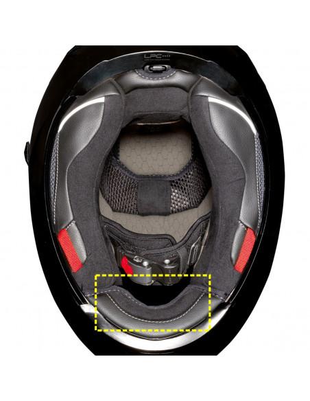 Primer na čelado X-903 nameščene podaljšane protivetrne zaslonke.